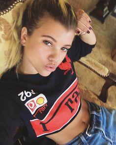 Sofia Richie💗   Omg😻 she is sooooo beautiful