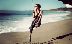 a swing on the beach....how perfect!