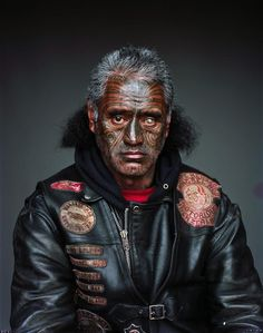 Portraits of The Mongrel Mob by Photographer Jono Rotman. Bung Eye, from the Notorious chapter: the artist has spent eight years embedded with the mob, who are the biggest and most infamous gang in New Zealand. Thai Tattoo, Foto Portrait, Portrait Photography, Portrait Tattoos, Makeup Photography, Photography Magazine, Ta Moko Tattoo, Estilo Tribal, Photo Star