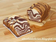 Soft, flaky, super delicious and super easy to prepare, this zebra (marble) loaf cake is one of my favorite desserts. Also this black and white loaf cake is . Romanian Desserts, Romanian Food, My Recipes, Sweet Recipes, Dessert Recipes, Brunch Recipes, Recipies, Cake Videos, Food Videos