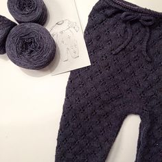 In the making.. #kløverdragt #cloverjumpsuit #wikn #knitting #knitstagram #knittingforolivesmerino #knittingforolive