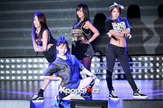 """Sistar (Hyorin, Bora, Soyou, Dasom) Performs at Comeback Showcase for """"Give It To Me"""" the 2nd Album on June 11, 2013"""