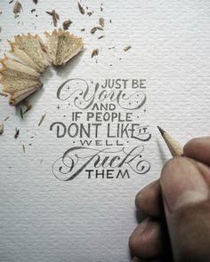 Auf seinen Instagram-Account präsentiert der indonesische Künstler Dexa Muamar schon seit geraumer Zeit handgefertigte kleine Quotes & Sayings.