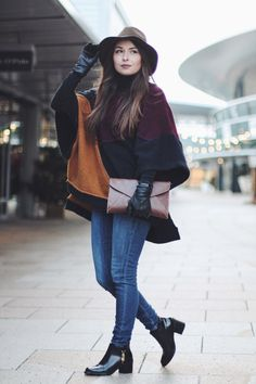 Turtleneck Poncho   Jeany from www.vogueetvoyage.com is wearing a turtleneck poncho (from Zara) for the cold winter season. #ootd #turtleneck #fashion #stylediary #poncho #winteroutfit
