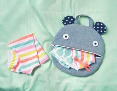 I'm on this month's edition of Mollie Makes! I designed a cute monster pyjama… Sewing For Kids, Diy For Kids, Bag Patterns To Sew, Sewing Patterns, Diy Trend, Mollie Makes, Art Bag, Sewing Projects For Beginners, Kids Bags