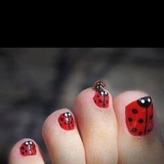 Ladybug toenails...this is cute for a little girl.