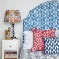 Small Medallion, Peggy Angus moon and star motif, red, pink, berry cushion with blue trim from Blithfield's Spencer Collection Pink Cushions, Colourful Cushions, World Of Interiors, Hotel Interiors, Living Room Decor, Bedroom Decor, Quirky Bedroom, Preppy Bedroom, Soft Furnishings