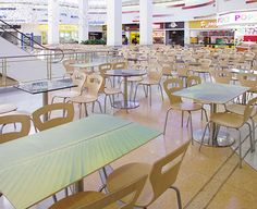 Cafeterías y restaurantes - Scanform Y Food, Food Court, Living Spaces, Chair, House, Furniture, Home Decor, Restaurants, Meals
