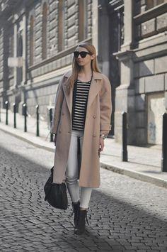 PAVLINA JAGROVA : white pants