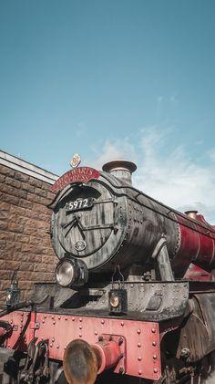 Imagem Harry Potter Poster, Draco Harry Potter, Harry Potter Pictures, Harry Potter Universal, Harry Potter Characters, Harry Potter World, Draco Malfoy, Hogwarts, Slytherin Aesthetic
