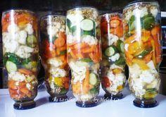 Η λέξη τουρσί ( torsh =ξινό) είναι Περσικής προελεύσεως και σημαίνει τα διατηρημένα μέσα σε άλμη λαχανικά. Το τουρσί είναι ένα πολύ αγαπ... Best Dishes, Main Dishes, Food Network Recipes, Cooking Recipes, Can Jam, Farm Women, Canning Tips, Greek Recipes, Sushi