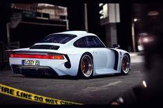 Porsche 959-esque