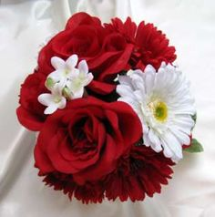 red white wedding flowers