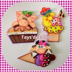 Resultado de imagen de imanes de nevera en foami Sewing Patterns Free, Free Pattern, Felt Crafts, Diy And Crafts, Cartoon Butterfly, Farm Party, Decoupage, Christmas Ornaments, Country