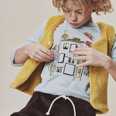 The very best Baby Fashion brands are available on Smallable, the Family Concept Store. Discover our large and beautiful selection of Girl Waistcoats . Boys Style, Winter Sale, Kid Styles, Jumpers, Boy Fashion, Fashion Brands, Toddlers, Winter Outfits, Rocks