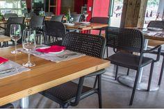 Huuuum...hora do almoço...  Linha Bora, ideal para o seu empreendimento e também para a sua casa.  Venha nos visitar e conheça este e diversos outros móveis ideais para estes projetos.  www.galeriadaslonas.com.br    #galeria #lonas #galeriadaslonas #moveis #tradicao #decoracao #decorando #euquero #piscina #jardins #varandas #restaurante #hotel #projeto #comercial #residencial