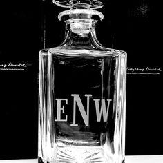Monogrammed glass whiskey decanter, custom monogram decanter, birthday gift for men, gift for drinker Personalized Gifts For Men, Customized Gifts, Custom Gifts, Engraved Gifts, Groomsmen Flask, Groomsman Gifts, Bridesmaid Glasses, Engraved Picture Frames, Engraved Pocket Knives