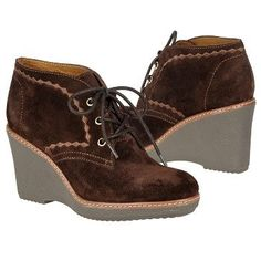 Naturalizer Kaitlyn -- so retro cool! And yes, avail. in wides! #shoes #widewidth