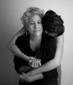 Daughter and mother embrace (Eliza and Nora Naranjo Morse, Santa Clara artists), 2008. Photograph by Craig Smith. Heard Museum, Phoenix, Arizona [PCD286:24]