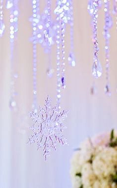 """Not interested in a """"Frozen"""" wedding at all - but cute idea for a winter themed wedding :-) - Add snowflake ornaments for a romantic Disney 'Frozen' inspired wedding reception Frozen Wedding Theme, Disney Inspired Wedding, Frozen Theme, Wedding Themes, Wedding Ideas, Wedding Disney, Disney Weddings, Frozen Party, Princess Wedding"""