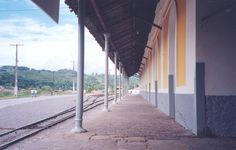 Vista lateral da antiga Estação de Trem_São Felix_Bahia_Brasil
