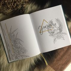 Bullet journal monthly calendar, monthly cover page, January cover page, flower drawings, floral drawings, linear calendar, vertical calendar. | @bujobalou