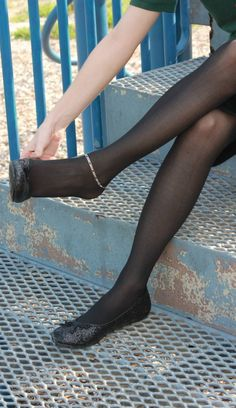 Nylons Heels, Black Pantyhose, Black Tights, Stiletto Heels, Ballerina Flats, Ballet Flats, Girls Slip, Girls Flats, Fashion Tights