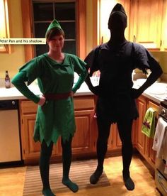Don't let the kids be the only ones having fun getting dressed up this Halloween. Check out these 12 DIY Halloween costumes for couples. Halloween Costumes Pop Culture, Homemade Halloween Costumes, Theme Halloween, Disney Halloween, Halloween Diy, Halloween Couples, Halloween 2019, Halloween Stuff, Disney Couple Costumes