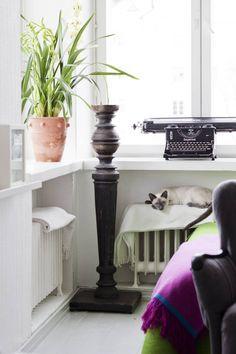 3 x Pikkukoti - Kissojen tyyliin. Kuvassa olohuone.