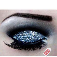 Glitter dark eye shadow #makeup long eye lashes