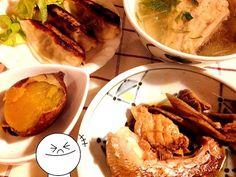 残り物でもご馳走ですw - 43件のもぐもぐ - 昨日の残り物料理w   鯛のあら炊き    鯛の潮汁   安寧芋   餃子  小鯛のハーブソルト焼きもありますw by lalanoir