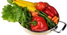 Todas las verduras tienen una capa protectora  de cera... ༺✿Teresa Restegui http://www.pinterest.com/teretegui/✿༻