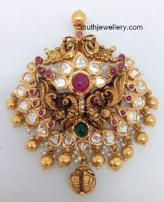 Indian Jewellery Designs - Latest Indian Jewellery Designs 2020 ~ 22 Carat Gold Jewellery one gram gold Gold Pendent, Diamond Pendant, Indian Jewellery Design, Jewelry Design, Designer Jewellery, Designer Wear, Pendant Jewelry, Gold Jewelry, Jewelery