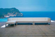 Gandia Blasco Terrace Design @paardekooperhulst outdoor design. #garden #terrace #sofa #gandiablasco #pool #seaview