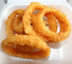 Old Fashioned Onion Rings Recipe is an actual recipe from a former employee of a popular drive-in restaurant. Crispy coated onion rings lik...