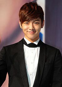 Name:	신원호 / Shin Won Ho  Birthdate:	1991-Oct-23  Birthplace:	South Korea  Height:	185cm  Blood type:	A