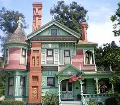 Los Angeles Museum, Victorian Buildings, Mansions, Architecture, House Styles, Places, Bucket, Home Decor, Arquitetura