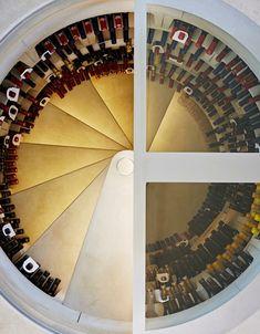 weinlagerung weinkeller rund spiralförmig