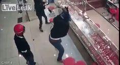 Jewelry Theft Funny Fail Ever - https://funnytube.in/jewelry-theft-funny-fail-ever/
