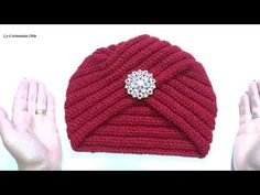 gorro estilo turbante en crochet - YouTube Crochet Lace Edging, Crochet Diy, Love Crochet, Baby Hats Knitting, Knitted Hats, Crochet Beanie, Crochet Hats, Chemo Beanies, Baby Kimono