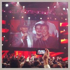 Bruce @Springstein last night @MusiCares: Sting, Mumford  Sons, John Legend, Emmylou Harris honoring the man! Amazing show!