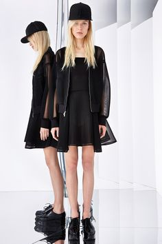 DKNY Resort 2015 - Review - Fashion Week - Runway, Fashion Shows and Collections - Vogue