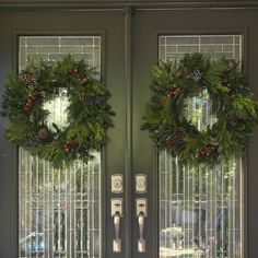 Fresh Mixed-Evergreen Holiday Wreath Set (2 Pack)