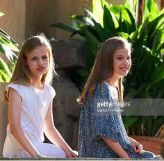 Princesse Leonor et Infante Sofia, 31 juillet 2017, Séance photo annuelle d'été, Palais de Marivent, Palma de Mallorca (Espagne)