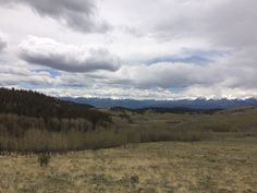Camping trip to Salida, Colorado. #camper #camping #rving #rvlife #travel #traveldiaries #happycamper #vegancamping #getoutside #outdoorlife #campinglifestyle #campvibes #gorving #roadtrip #colorado #glamping #beon9 #optoutside #whatveganseat #mountains #jeeplife #jeep #jeeprubicon