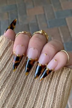 40 Nude or Shining Stiletto Nail Designs with Different Accessories - The First-. - 40 Nude or Shining Stiletto Nail Designs with Different Accessories – The First-Hand Fashion News - Minimalist Nails, Chic Nails, Stylish Nails, Edgy Nails, Broken Nails, Fire Nails, Nagel Gel, Best Acrylic Nails, Dream Nails