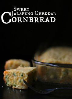 Sweet Jalapeno Cheddar Cornbread | Aunt Bee's Recipes