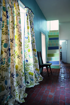 'Joelle' fabric from Harlequin's 'Folia' collection is a charmingly simple…