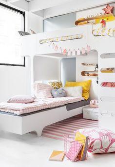 Sibling room with Rafa-kids furniture Girl Room, Girls Bedroom, Bedroom Decor, Bedroom Ideas, Master Bedroom, Bedroom Lamps, Bedroom Lighting, Bed Sets, Cool Kids Rooms