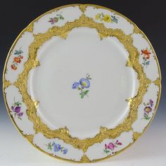 MEISSEN PLATE, FLOWERS AND GOLD, CROSSED SWORDS 1934